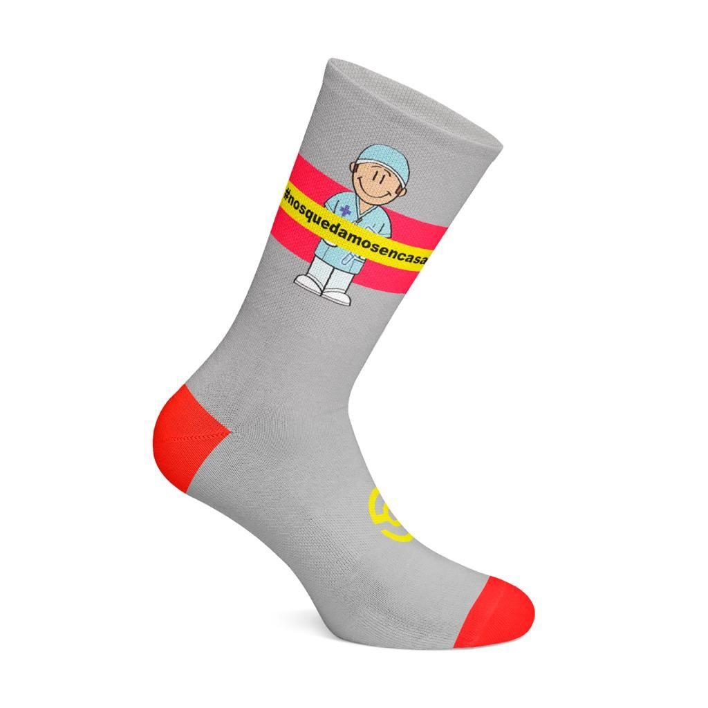 Sockla lanza los calcetines #NosQuedamosEnCasa para contribuir en la lucha contra el COVID19