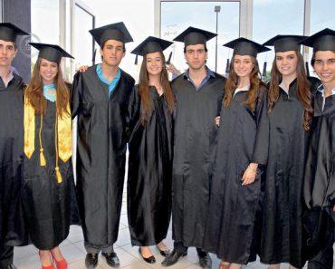 vestimenta de graduación