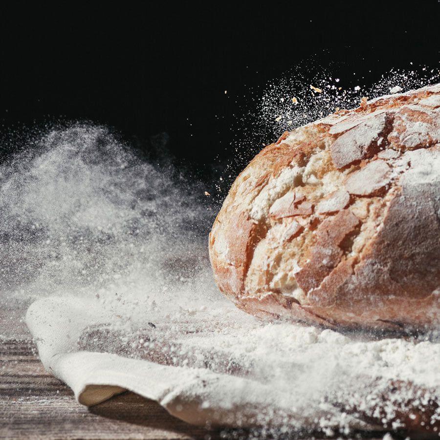 Leon the Baker explica 7 trucos para diferenciar un pan artesano y natural